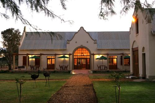 Rietfontein Ostrich Palace Photo