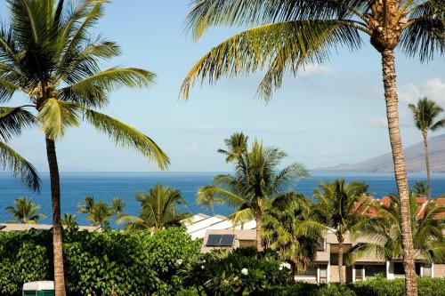 Maui Kamaole Suites by Condominium Rentals Hawaii Photo