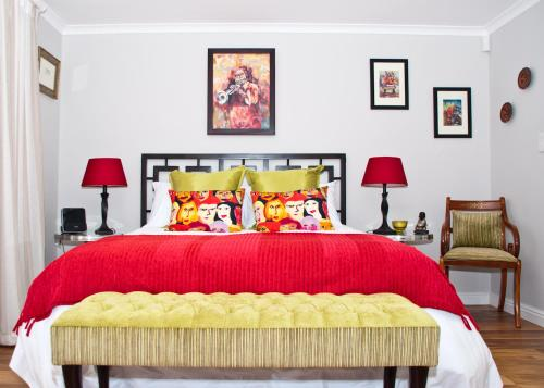 Somersby Guest House Photo