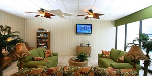 Regency Towers by Massie Vacation Rentals Photo