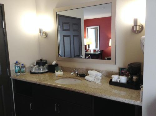 Holiday Inn Oceanside Marina - Camp Pendleton Area Photo