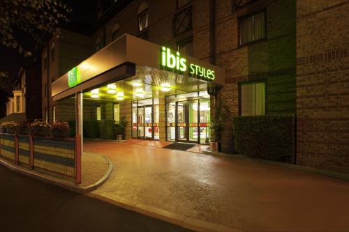 ibis Styles London Leyton photo 6