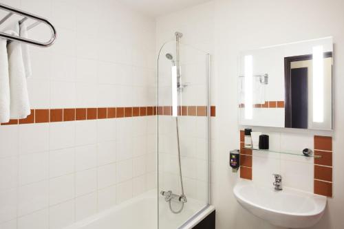 ibis Styles London Leyton photo 8