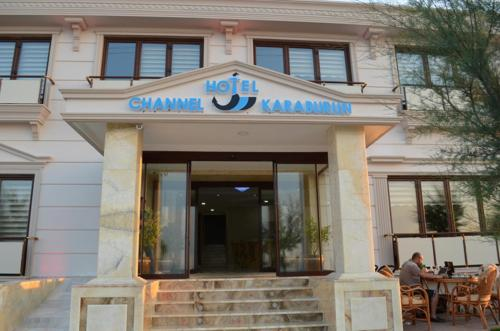 Channel Karaburun Hotel