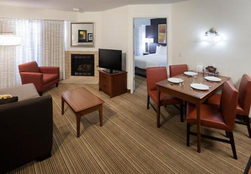 Residence Inn by Marriott Rogers Photo