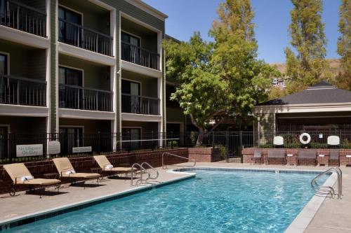 Picture of Courtyard San Francisco Larkspur Landing/Marin County/><p class=
