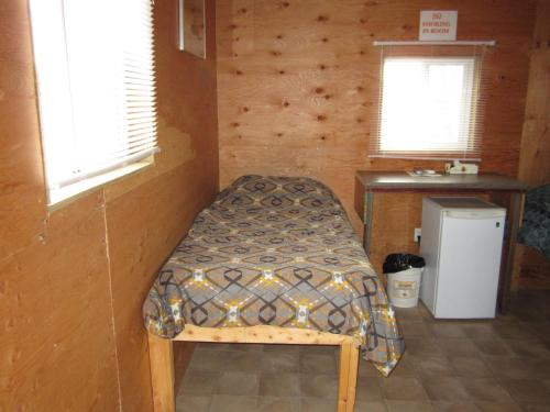 Lee's Corner Cabins Photo