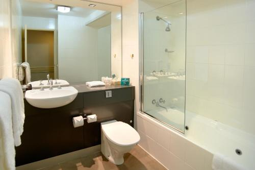 Quality Suites Beaumont Kew photo 16
