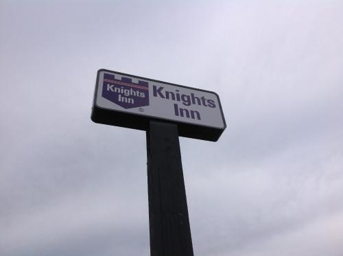 Knights Inn Fort Worth Photo