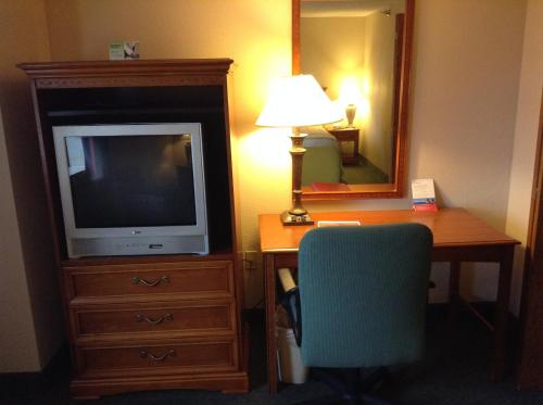 Ramada Indianapolis Airport photo 7