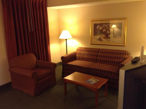 Ramada Indianapolis Airport photo 35