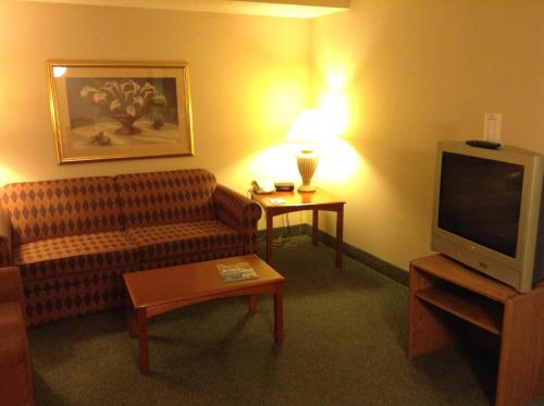 Ramada Indianapolis Airport photo 36