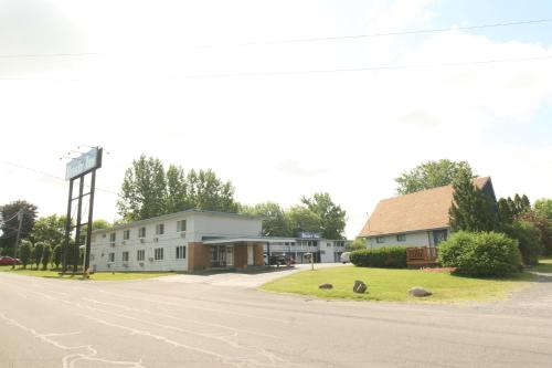 Budget Inn Cicero Photo