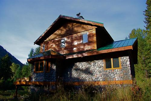 Great Bear Chalet Photo