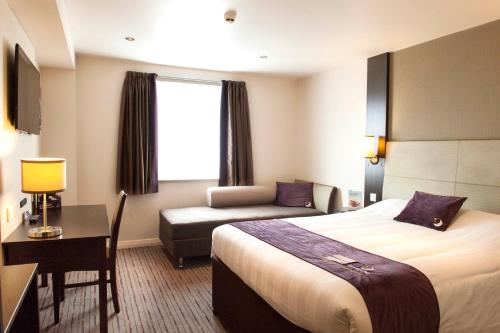 Premier Inn Birmingham Broad Street - Brindley Place photo 9