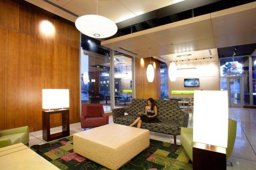 Aloft Orlando Downtown photo 28