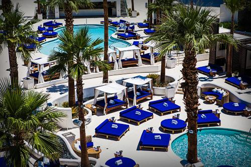Tropicana Las Vegas a DoubleTree by Hilton Hotel and Resort Photo