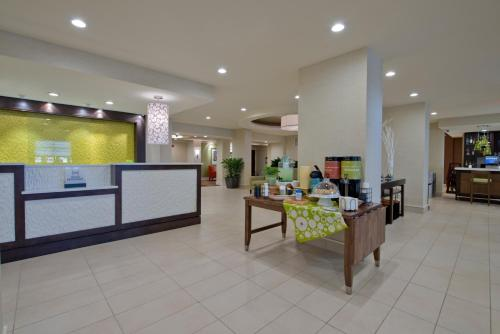 Hilton Garden Inn Knoxville/University Photo