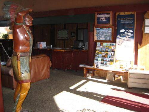 Knights Inn - Big Bear Lake, CA 92315