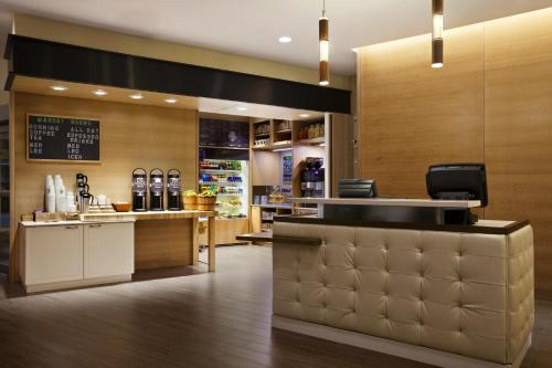 DoubleTree Suites by Hilton Hotel Boston - Cambridge Photo