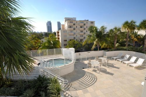 Dream Destinations at Ocean Place a Miami Beach