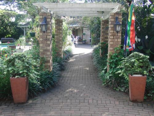 Gateway Country Lodge Photo