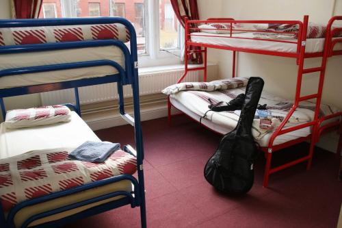 Bed in 4 Bed Mixed Dorm En Suite