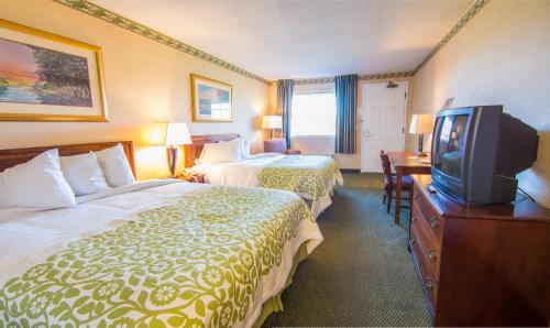 Albany Airport Hotel