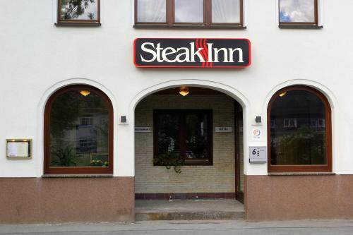 Steak Inn