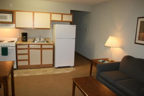 Affordable Suites Greenville Photo