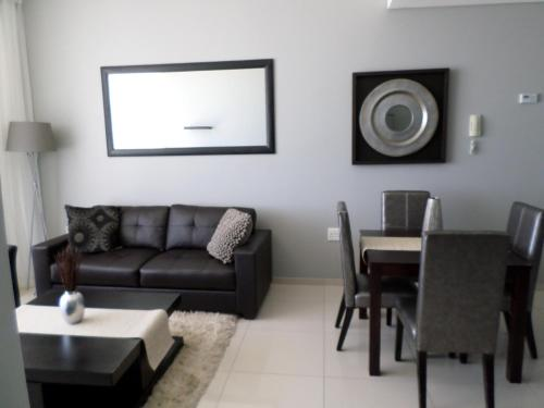 Infinity Self Catering Apartments Photo