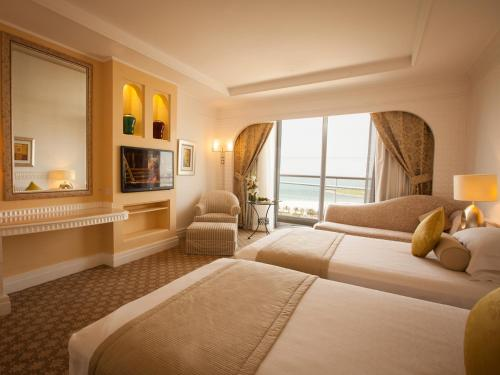 Habtoor Grand Resort, Autograph Collection, A Marriott Luxury & Lifestyle Hotel photo 3