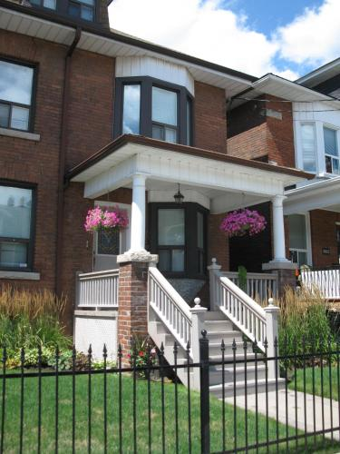 Rose Garden Bed and Breakfast - toronto -