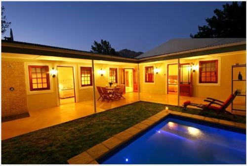 Cabriere Cottage Photo