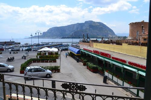 Mondello Holidays - mondello -