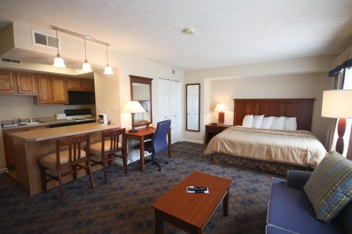 Charwood Suites Photo