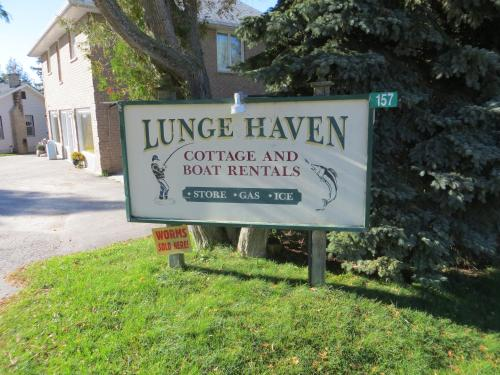 Lunge Haven Cottages & Boating Club Photo