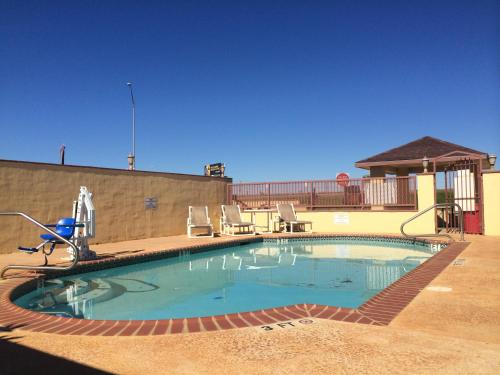 Cotulla Executive Inn Photo