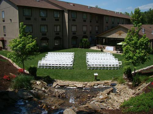 Mountain Lodge & Conference Center Photo