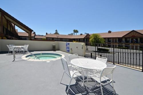 Best Western Country Inn Temecula Photo