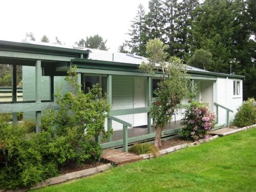 Alpine Holiday Apartments & Campground