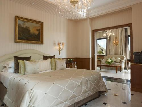 Baglioni Hotel Regina - The Leading Hotels of the World photo 29