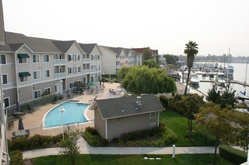 Homewood Suites By Hilton Oakland-Waterfront - Oakland, CA 94606
