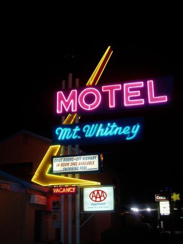 Mount Whitney Motel Photo