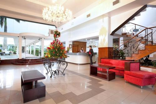 Grand Hotel Santo Domingo Photo