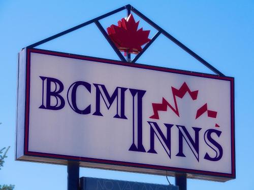 BCMInns - Hinton Photo