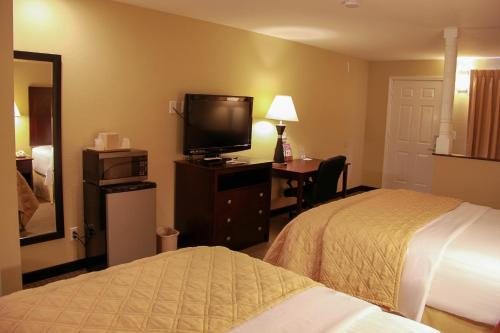 Relax Inn and Suites Kuttawa Photo