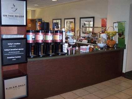 Hampton Inn Gainesville – 17225