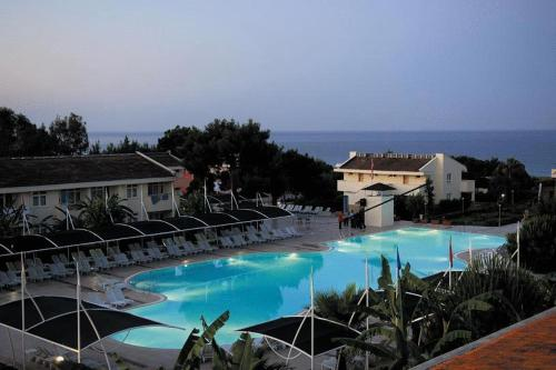 Kızılot Aska Costa Holiday Club rezervasyon