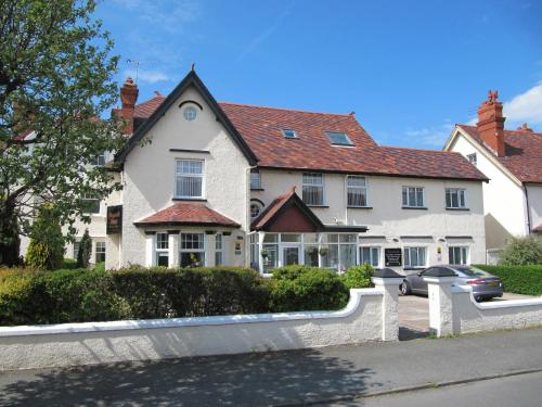 Photo of Brigstock House Hotel Bed and Breakfast Accommodation in Llandudno Conwy